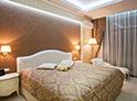 Фотография №11 интерьер спальни кровать с каретной стяжкой