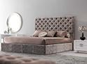 Фотография №16 интерьер спальни кровать с каретной стяжкой