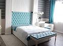 Фотография №23 интерьер спальни кровать с каретной стяжкой