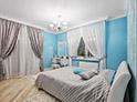 Фотография №32 интерьер спальни кровать с каретной стяжкой