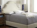 Фотография №4 интерьер спальни кровать с каретной стяжкой
