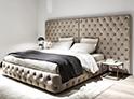 Фотография №43 интерьер спальни кровать с каретной стяжкой