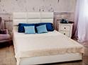 Фотография №7 интерьер спальни кровать с каретной стяжкой